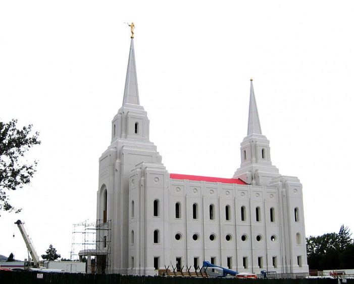 Utah Church Sues City for Restricting Gospel Tracts Near Mormon Temple to 'Free Speech Zone'