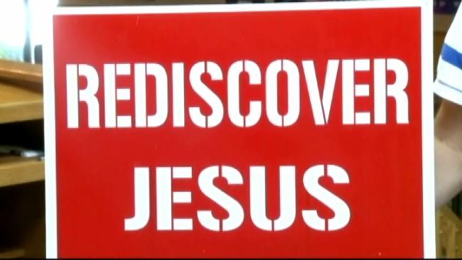 Oklahoma Church Fights Back After City Removes Yard Signs That Use Name of Jesus