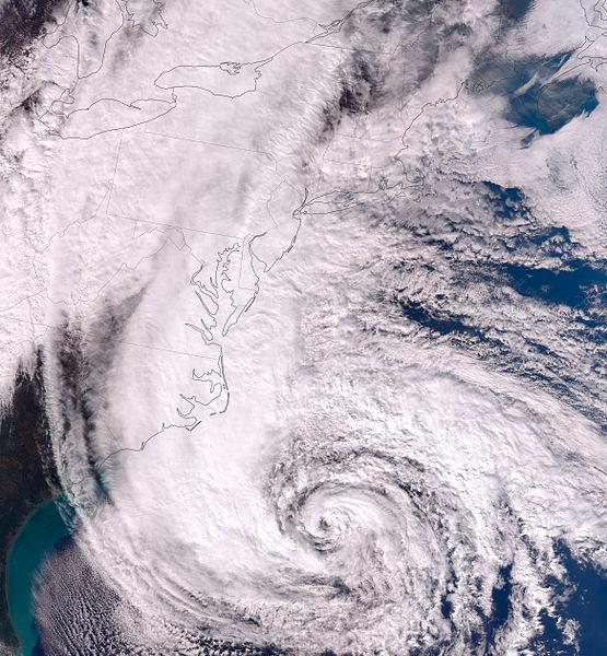 Eastern U.S. Bracing for Dangerous Superstorm, Tens of Thousands Evacuating