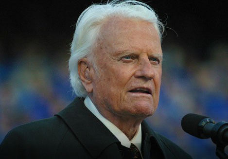 Billy Graham's Staff Removed Page Labeling Mormonism a 'Cult' After Graham's Endorsement of Romney
