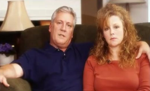 Couple Creates Ad Warning That Homosexual 'Marriage' Will Be Promoted in Schools if 'Legalized'
