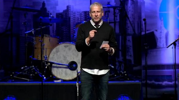 Passion Pastor Louie Giglio Bows Out of Inauguration Invite Over Criticism From Homosexual Advocates