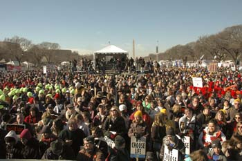 Hundreds of Thousands 'March for Life' at Nation's Capital
