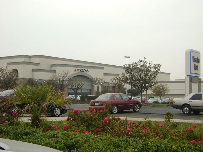 Church Elder Threatened With Arrest for Sharing Faith in California Mall Files Suit