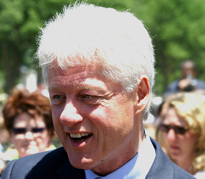 Clinton Expresses Regret For Signing Defense of Marriage Act, Declares 'It's Time to Overturn DOMA'
