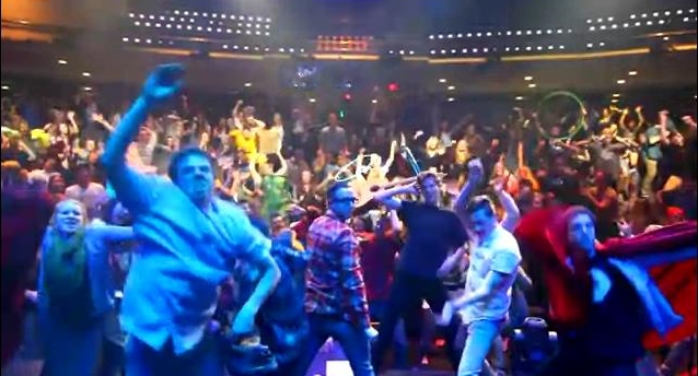 Controversy Erupts Over Explosion of Church, College Groups Gyrating to 'The Harlem Shake'