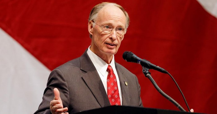Alabama Governor, Staffer 'No Longer Members' of Church After Admitting to Explicit Calls