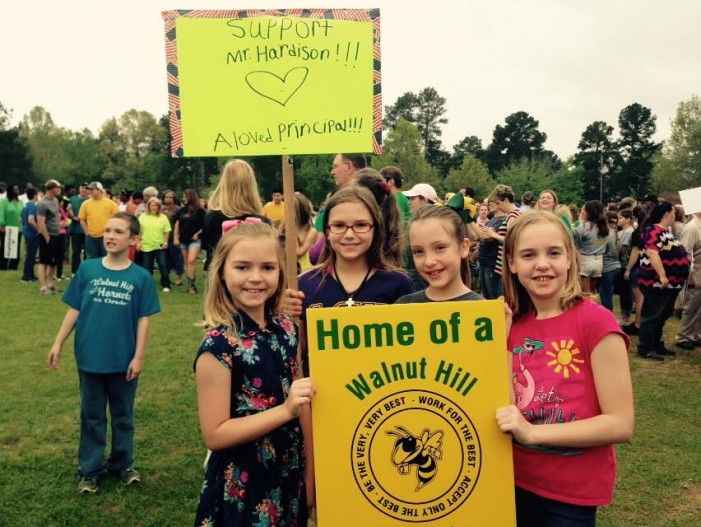 Hundreds Attend Rally in Support of Principal Under Fire for Citing Scripture in Newsletter