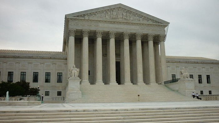 Obama Admin Asks U.S. Supreme Court to Strike Law That Could Close Most Texas Abortion Facilities