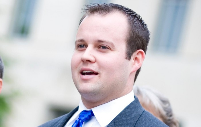 Josh Duggar Admits to Adultery After Ashley Madison Data Dump, Says 'I'm the Biggest Hypocrite Ever'