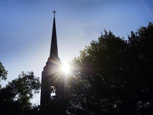 180-Year-Old Baptist Church to Perform Same-Sex 'Weddings,' Ordain Homosexuals