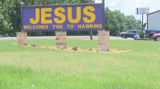 Texas Man Says Landowners Will Arrest City Officials if They Try to Remove Jesus Sign