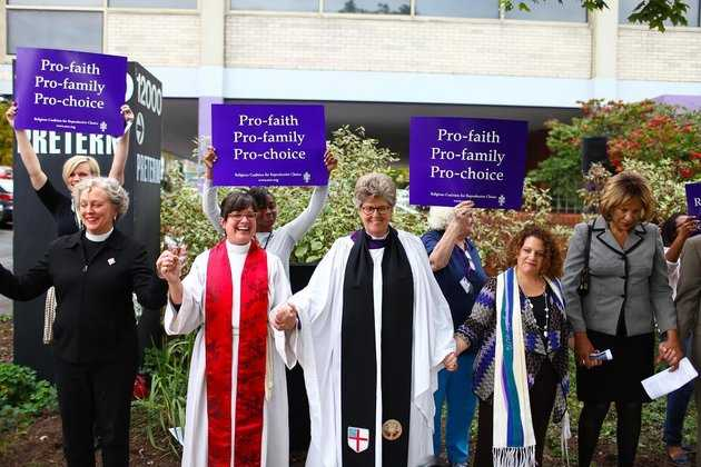 Apostate Clergy 'Bless' Ohio Abortion Facility: 'Thank God for Abortion Providers'