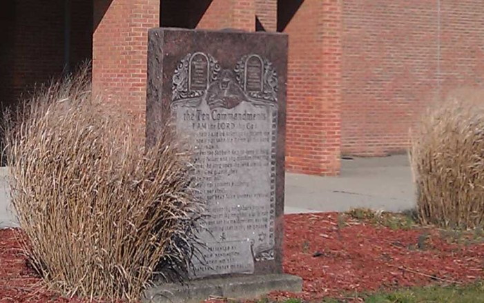 School District to Remove Ten Commandments Monument in Settlement With Atheist Group