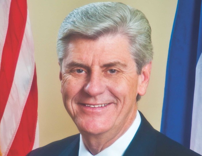 Mississippi Governor Signs Bill Cutting Planned Parenthood From Medicaid Program