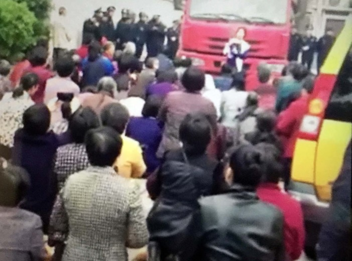 Church Demolition Attempt in China Triggers Public Outcry
