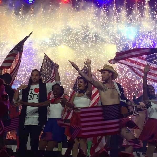 Hillsong NYC Youth Leader Appears as 'Naked Cowboy' Reportedly for Women's Conference