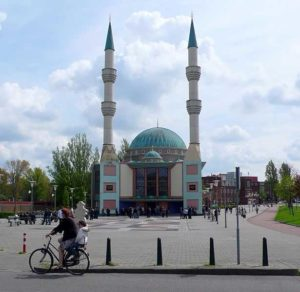 netherlands-mosque-credit-ruud-zwart-compressed