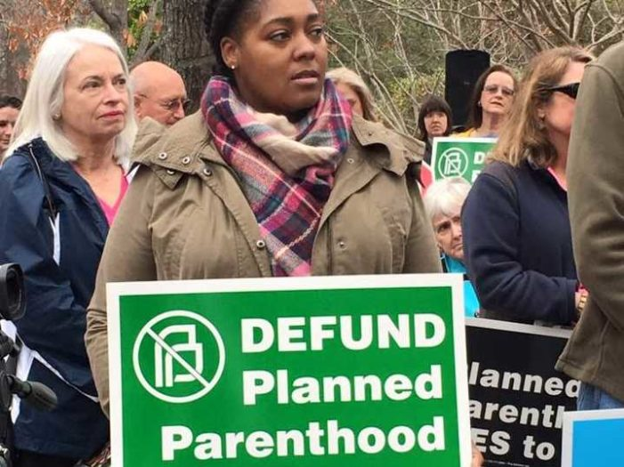 Judge Thwarts South Carolina Governor's Order Ending Medicaid Funding to Planned Parenthood