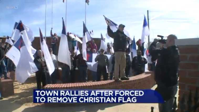 tlg-christian-news-life-society-mississippi-town-rallies-after-complaint-results-in-removal-of-christian-flag