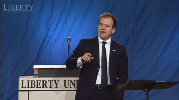 Former Liberty University VP Raises Concern After Calling for Meeting With 'Your Holiness' to Unite Evangelicals, Catholics