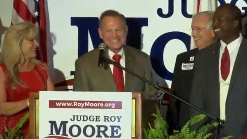 Roy Moore beats Luther Strange in Alabama GOP Senate primary runoff