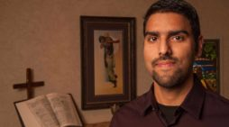 Apologist Nabeel Qureshi, Author of 'Seeking Allah, Finding Jesus,' Dies Following Battle With Cancer