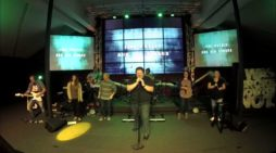 'Worship Band' Performs Secular Rock Group AC/DC's 'Money Talks' During Sunday Service