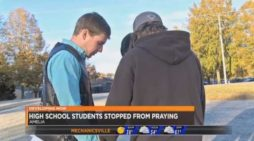 Superintendent Apologizes After Student Prayer Group Halted by Principal