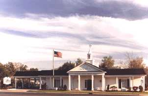 Appeals Court Rules Funeral Home 'Illegally' Fired Male Director Who Wanted to Dress as Woman