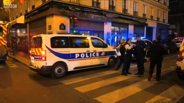 Man Shouting 'Allahu Akbar' Kills One, Wounds Four in Knife Attack in Paris