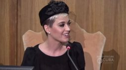 'I Kissed a Girl' Katy Perry Speaks About Transcendental Meditation at Vatican Conference