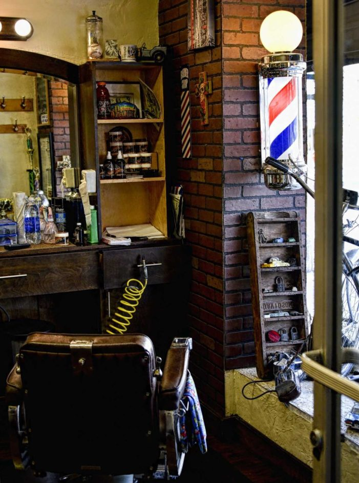 'We Can't Cut Ladies' Hair': Irish Barbershop Fined After Declining to Cut Hair of Woman Who Identifies as Man