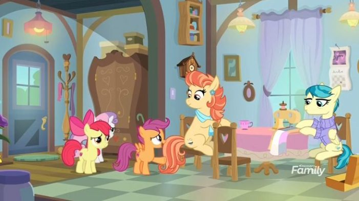 'My Little Pony' Children's Cartoon Features Lesbian Aunts During Final Season