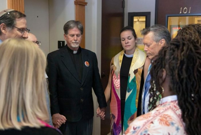 Interfaith Clergy 'Bless' Texas Abortion Facility, 'Infuse Space With Energy' for Abortive Mothers