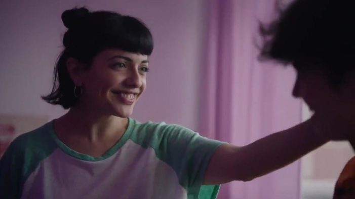 Sprite Argentina Ad Celebrates 'Pride,' Depicts Mother Applying Makeup to Son, Another Binding Daughter's Breasts