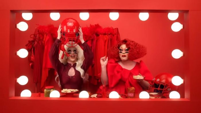 Commercial Featuring 'Drag Queens' to Air During Super Bowl for First Time in History