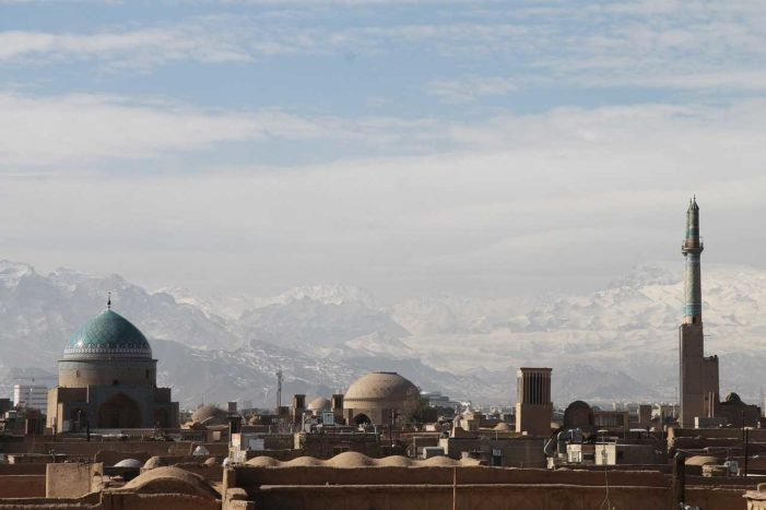 12 Christians Arrested by Revolutionary Guards in Three Iranian Cities