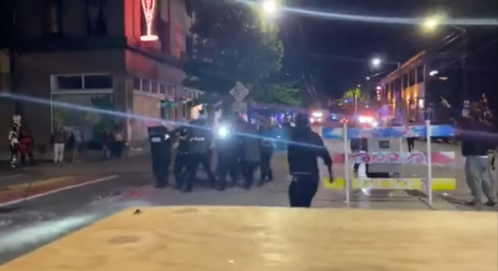 1 Dead, 1 Injured After Shooting in Seattle 'Autonomous Zone,' Police Could Not Access Victims