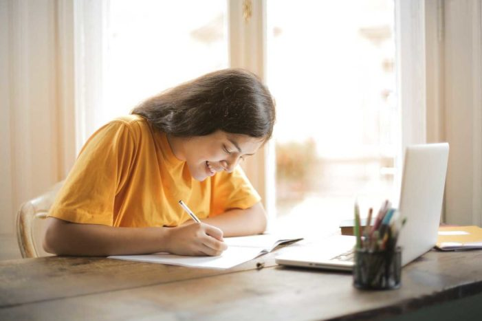 Parents in France Vow to Fight Planned Homeschooling Ban