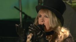 Stevie Nicks of Fleetwood Mac Sacrificed Her Unborn Child by Abortion for Popular Rock Band