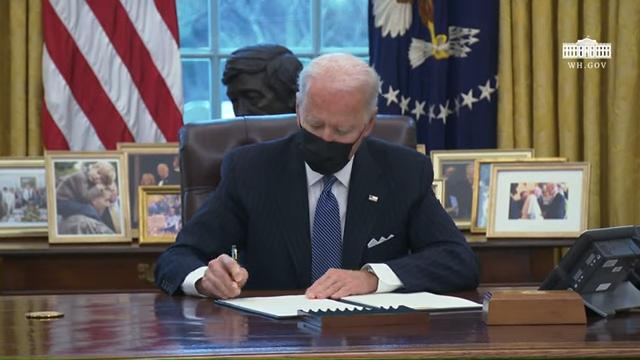 Biden Lifts Ban on 'Transgenders' in the Military