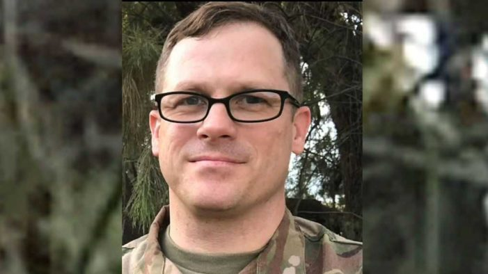 Chaplain Under Investigation Over Facebook Comment Objecting to Lifting Ban on 'Transgenders' in Military