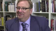 Rick Warren's Call for Christians to Unite With Catholics, 'Holy Father' Raising Concerns